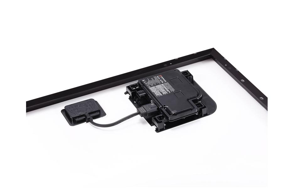 26  Lg Solar 320 Neon 2 Ace All Black W  Enphase Iq6
